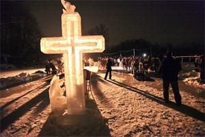 Полное погружение: Крещенское купание в Москве
