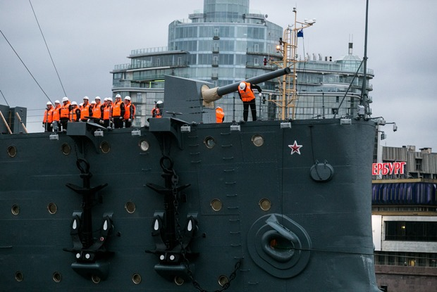 Как крейсер «Аврора» возвращался в Петербург