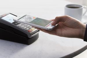 Я попробовала расплачиваться телефоном и разлюбила кредитки