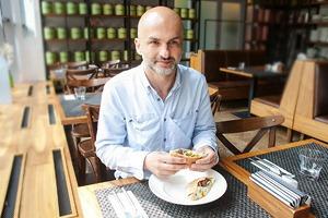 Любимое место: Анзор Канкулов о ресторане Black Market