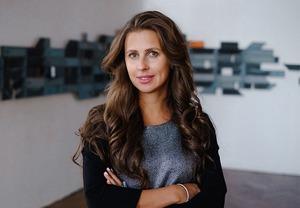 Галерист Анна Баринова — о новом типе коллекционеров и разнице между зрителями на Западе и Востоке