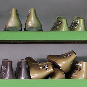 Производственный процесс: Как делают ботинки