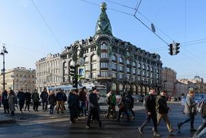 «Я работаю в Доме Зингера на Невском проспекте»