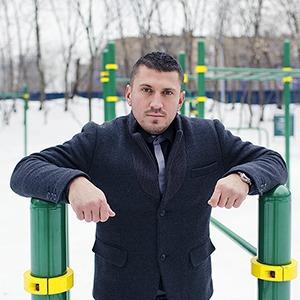 «Кенгуру.про»: Как Максим Попов подсадил на воркаут пол-Москвы