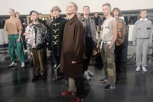 «Друг вдруг враг»: Гоша Рубчинский в Зале свободы