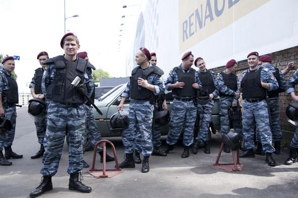 Бей парад: В Киеве сорвали шествие геев и лесбиянок. Зображення № 6.