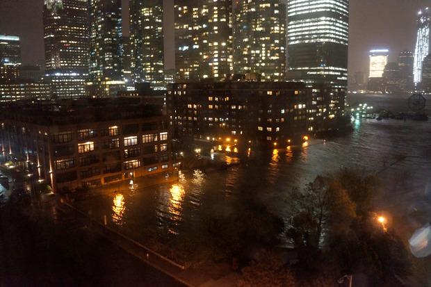 Иностранный опыт: Как Нью-Йорксправляется сураганом. Изображение № 12.