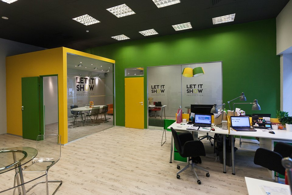 Офис Let It Show Production в ДК Ленсовета. Изображение № 15.
