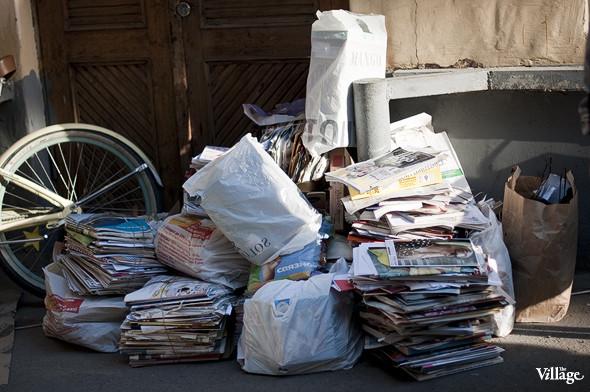 Фоторепортаж: Люди, покупки и опасные отходы на Garage Sale. Изображение № 4.