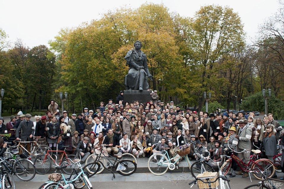 Твид выходного дня: Участники ретрокруиза — о своей одежде и велосипедах. Изображение № 8.