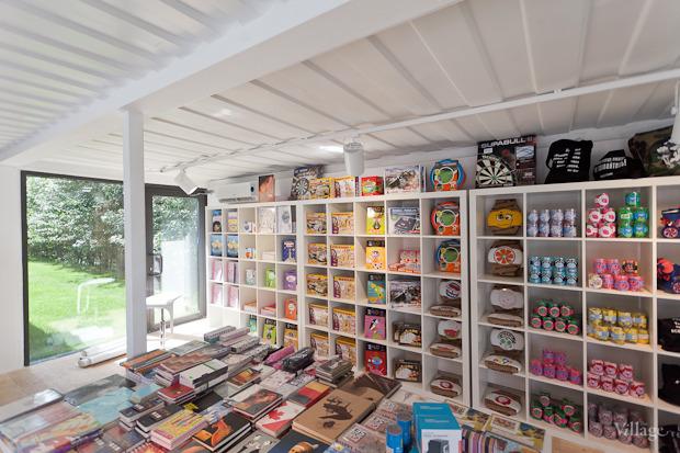 Летний филиал книжной сети «Республика» открылся в «Новой Голландии». Изображение № 3.
