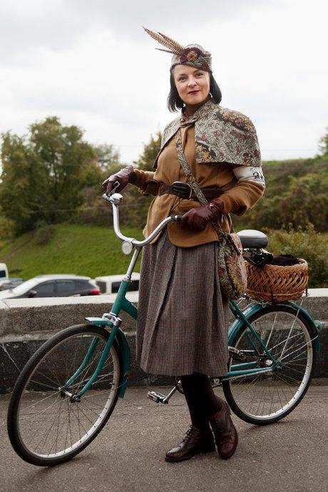 Твид выходного дня: Участники ретрокруиза — о своей одежде и велосипедах. Изображение № 18.