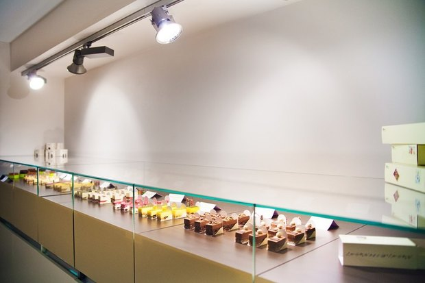 В Петербурге запустилась сеть магазинов мини-пирожных. Изображение № 2.
