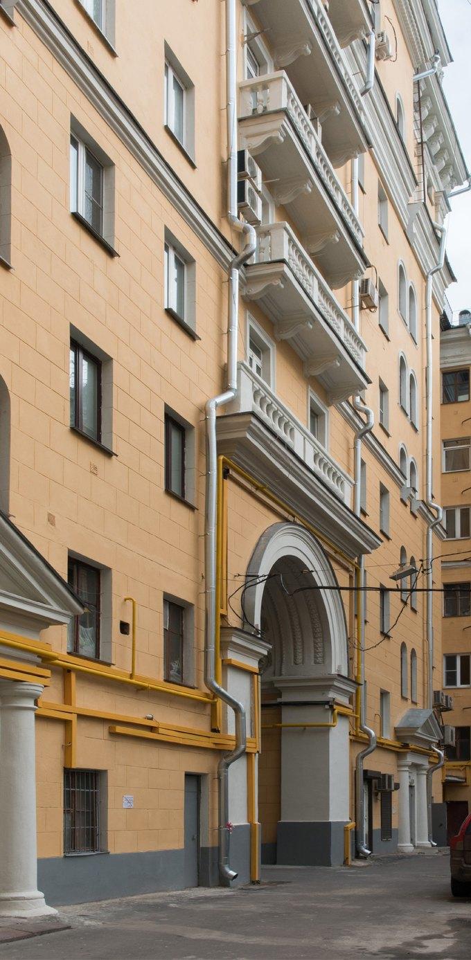 Я живу в «Доме с башенками» уБелорусского вокзала. Изображение № 19.