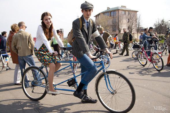С твидом на город: Участники первого «Ретрокруиза»— о своей одежде и велосипедах. Изображение № 6.