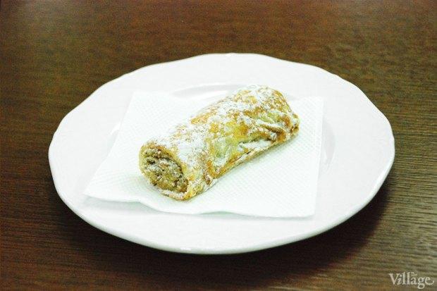 Пирожное «Ореховый рулетик» — 60 рублей. Изображение № 8.