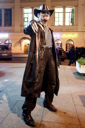 Люди в городе: Хеллоуин вПетербурге. Изображение №9.