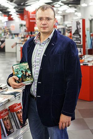 Люди в городе: Кто покупает книги ночью. Изображение № 15.