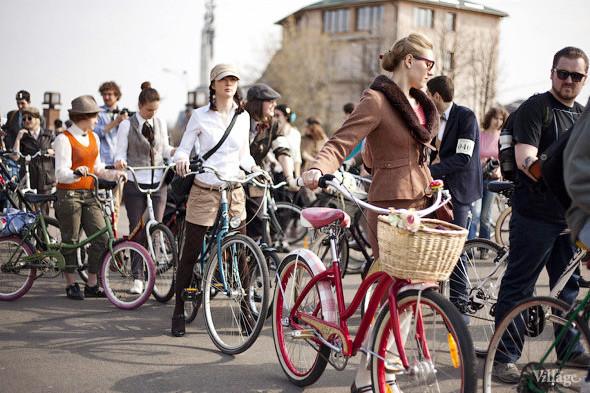 С твидом на город: Участники первого «Ретрокруиза»— о своей одежде и велосипедах. Изображение № 2.