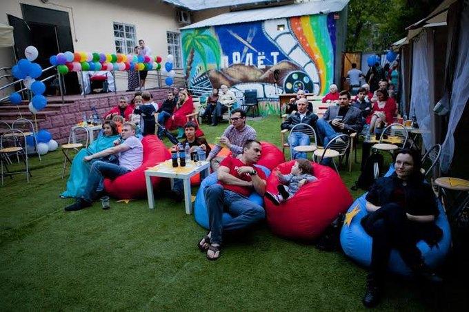 На Нелидовской улице открылся летний кинотеатр «Полёт». Изображение № 2.