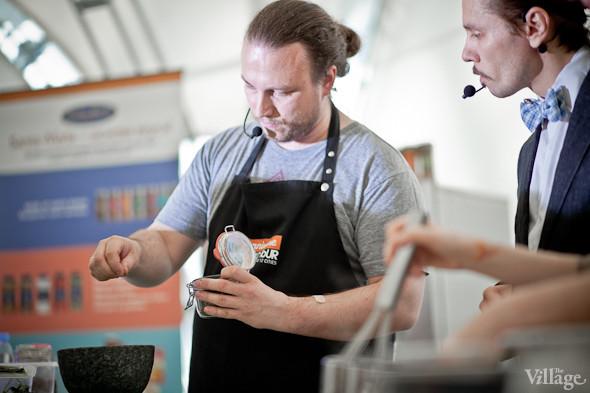 Omnivore Food Festival: Иван Шишкин готовит пеммикан и черемуховые полбяные пряники. Изображение № 37.