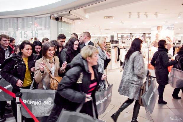 Вклад в МММ: Начало продаж коллекции Maison Martin Margiela x H&M. Изображение № 50.