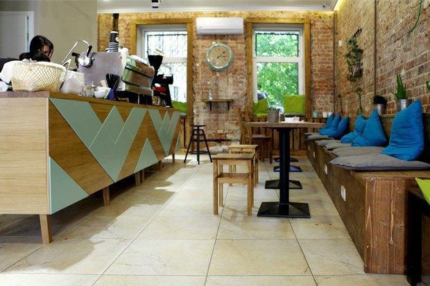 18 кафе и ресторанов, два бара ичетыре кофейни мая. Изображение № 23.