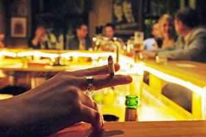 Бездымное поведение: Как рестораторы готовятся к запрету курения . Изображение № 13.