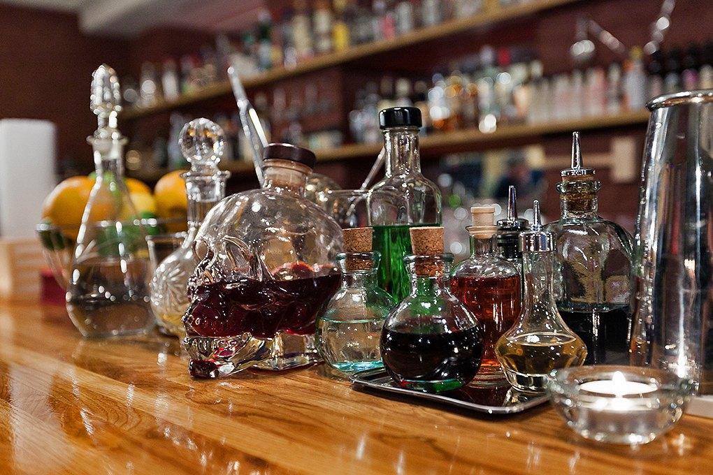 Секретный бар: Каквладельцы «Джин Тоника» открыли заведение без вывески и рекламы. Изображение № 5.