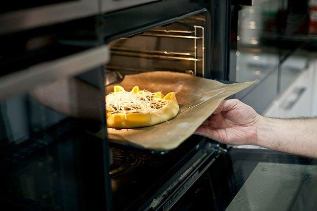 Шеф дома: Котлета из цесарки и пирог-галета Дениса Крупени. Изображение № 124.