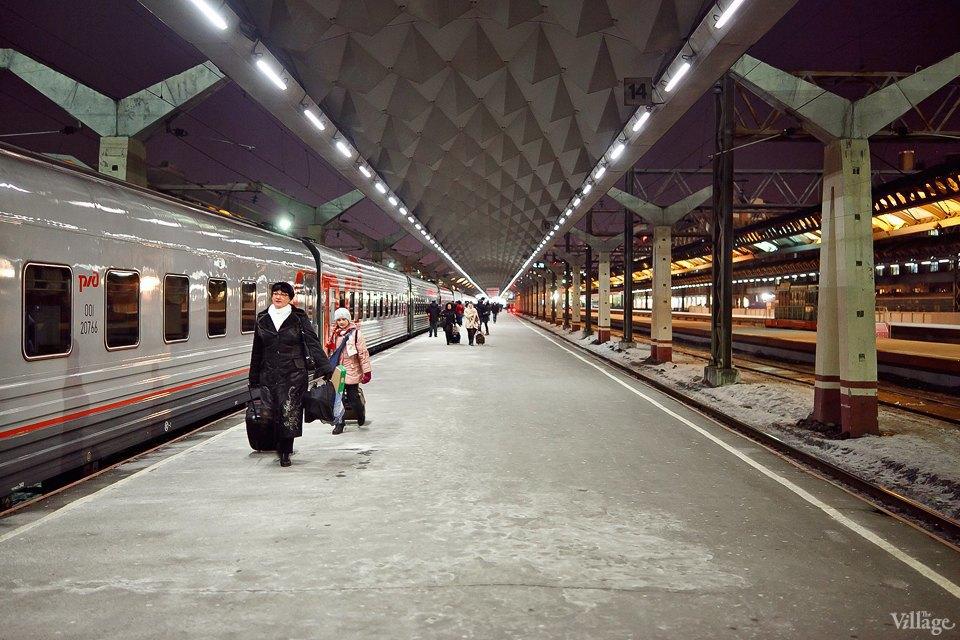 Люди в городе: Последний воскресный поезд Петербург — Москва. Изображение № 1.