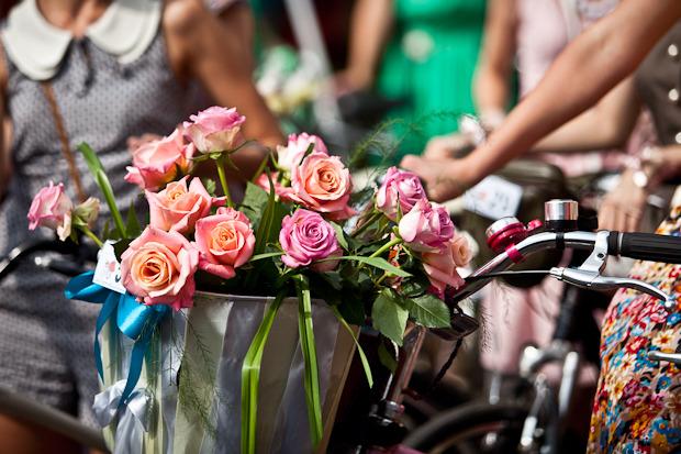 Люди в городе: Участницы парада «Леди на велосипеде». Изображение № 4.