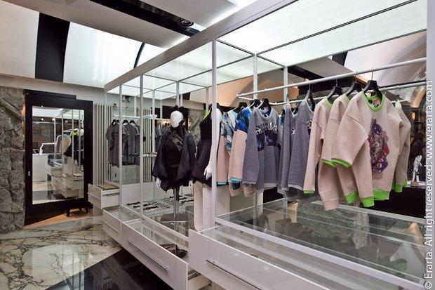 В «Эрарте» открылся магазин с одеждой российских дизайнеров. Изображение № 2.