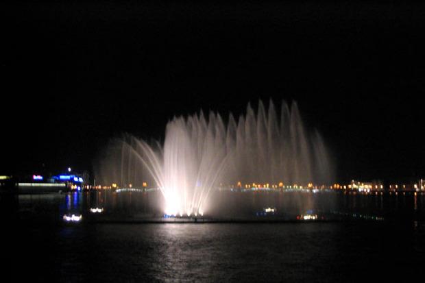 На Неву вернут плавучий фонтан. Изображение № 5.