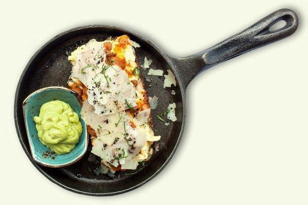 Завтраки дома: Бейгл с лососем иартишоками ибрускетта изресторана «Уголёк». Изображение № 2.