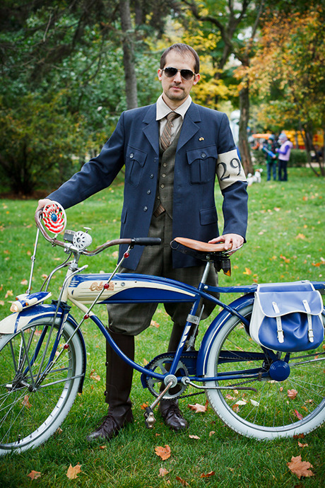С твидом на город: Участники велопробега Tweed Ride о ретро-вещах. Изображение №101.