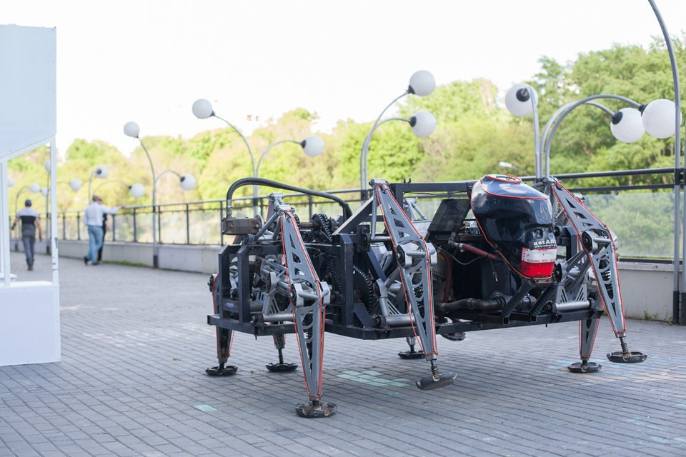 Как выглядит «Бал роботов» наArtplay. Изображение № 5.