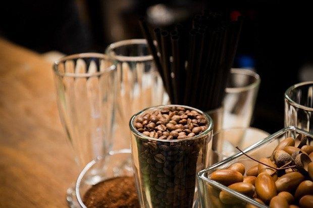 Бранчи на Даниловском рынке, бар Backyard de Moscou, две кофейни Les и кондитерская Kuzina. Изображение № 1.