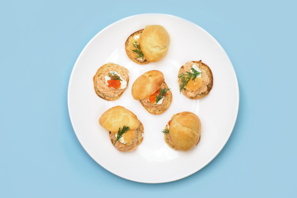 Смёрребрёд иещё пять блюд сикрой для новогоднего стола. Изображение № 10.