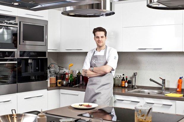Шеф дома: Ягненок, хумус иоблепиховый десерт шефа «Стрелки». Изображение № 2.
