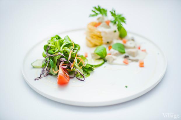 Bолован с курицей, мясным миксом и грибным соусом — 121 грн.. Изображение № 34.