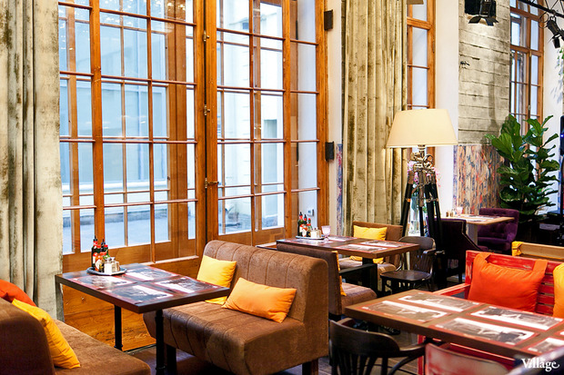 В Доме Мертенса открылся ресторан-кондитерская Bengel & Zaek. Изображение № 9.