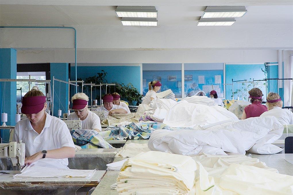 Производственный процесс: Как делают подушки. Изображение № 15.