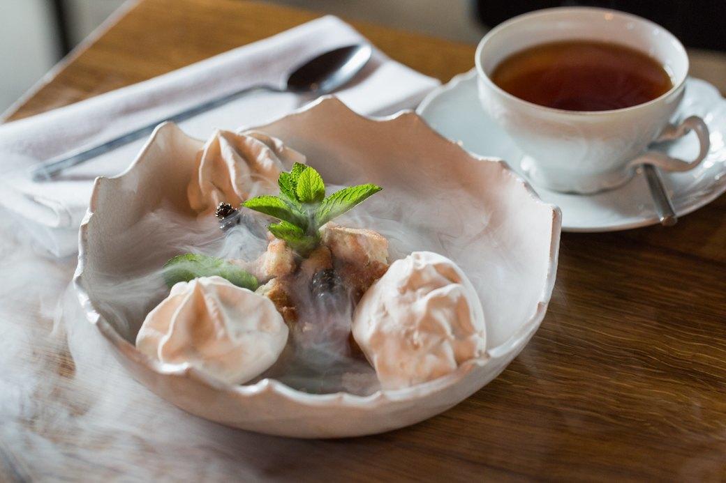 Вкус соснового леса и чёрный чеснок: Самые необычные десерты Петербурга . Изображение № 5.