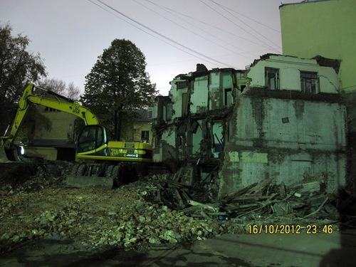 На Покровке сносят исторический дом. Изображение № 1.
