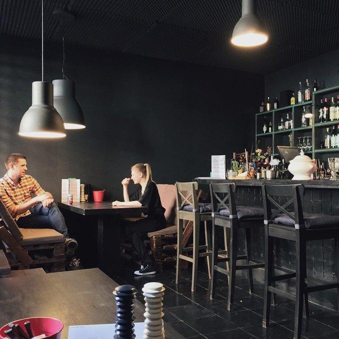 На Боровой открылся кафе-бар DVLTV. Изображение № 1.