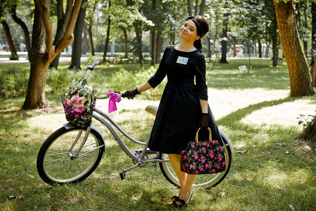Люди в городе: Участницы парада «Леди на велосипеде». Изображение №30.