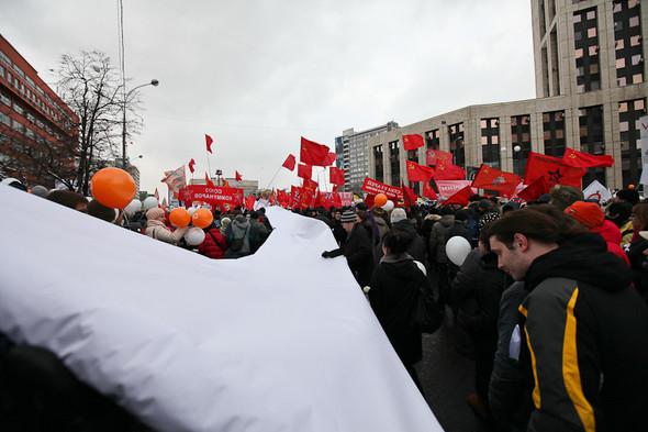 Митинг «За честные выборы» на проспекте Сахарова: Фоторепортаж, пожелания москвичей и соцопрос. Изображение № 19.