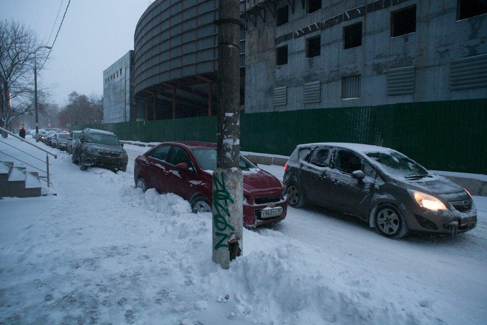 Как Москва справляется снеожиданным декабрьским снегом. Изображение № 5.