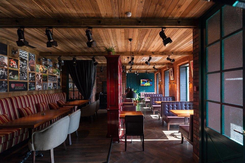 Футбольный бар-ресторан Soccer Place на Добролюбова. Изображение № 1.